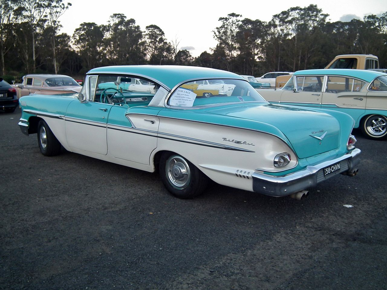 1958_Chevrolet_Bel_Air_hardtop_sedan_(15607617182).jpg